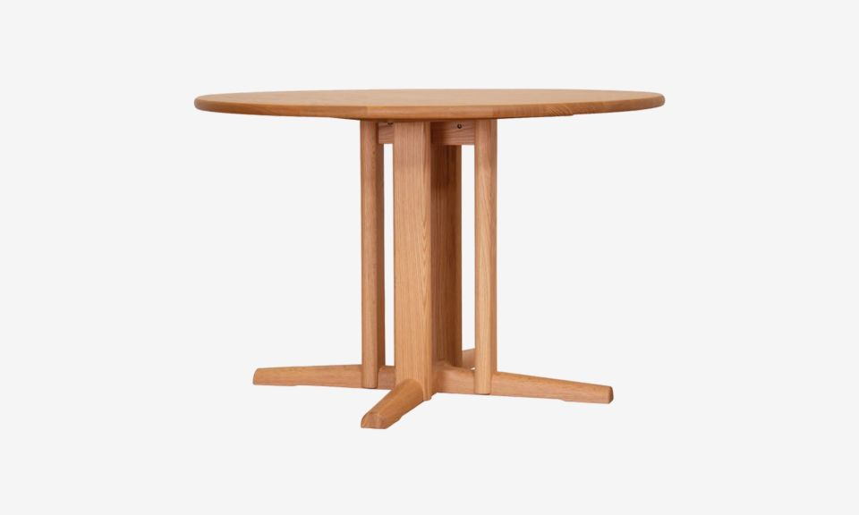 Sol Round Dining Table - Oak