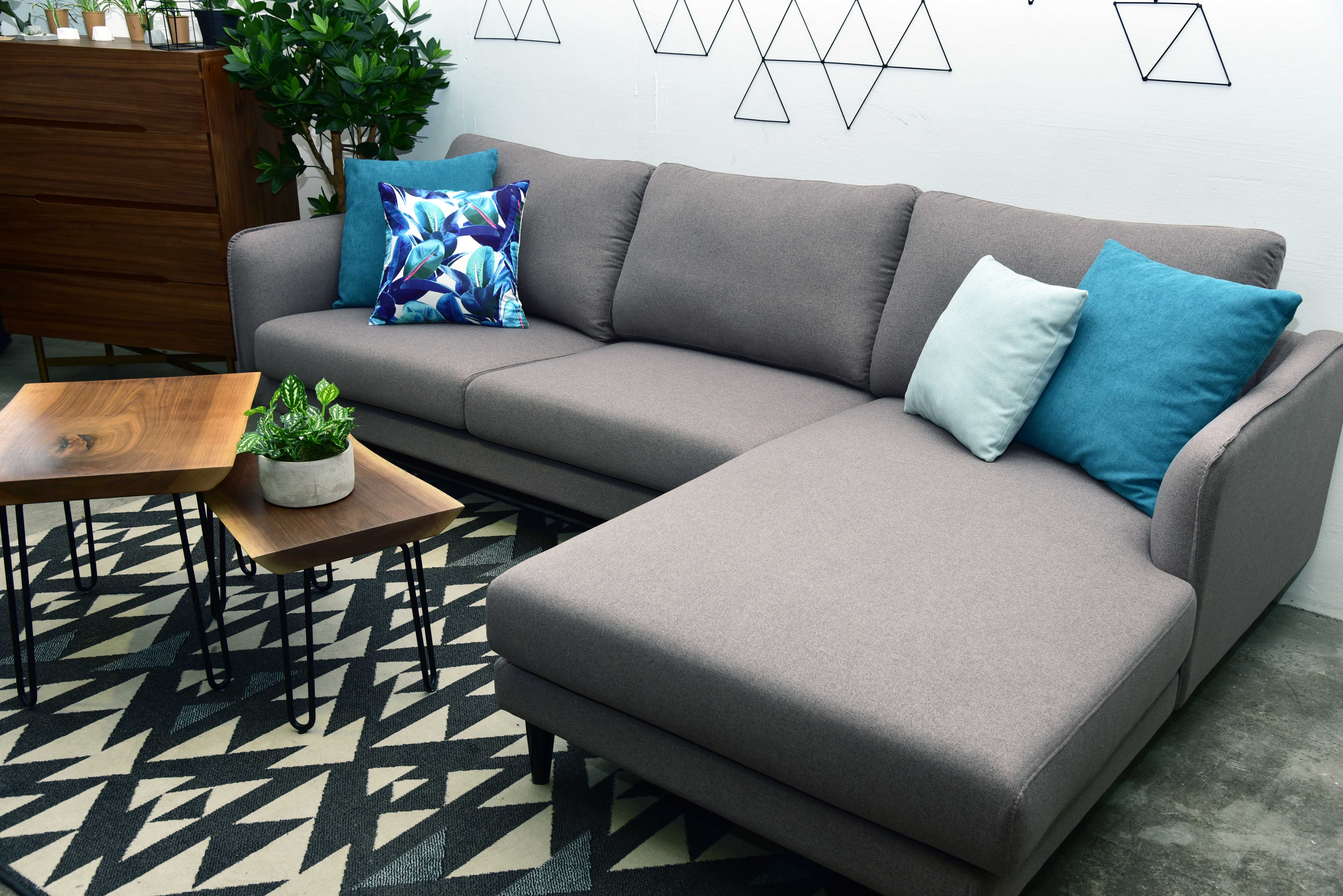 Handy Tips for Cleaning Fabric Sofas