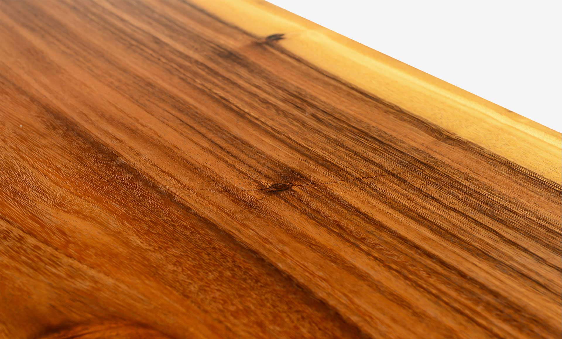 Suar Wood vs South American Walnut vs American Walnut – What's the difference?
