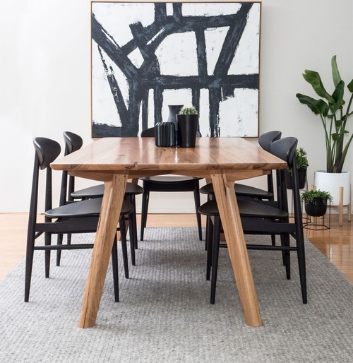 Black Chair Generally Go Quite Well With Wooden Dining Tables