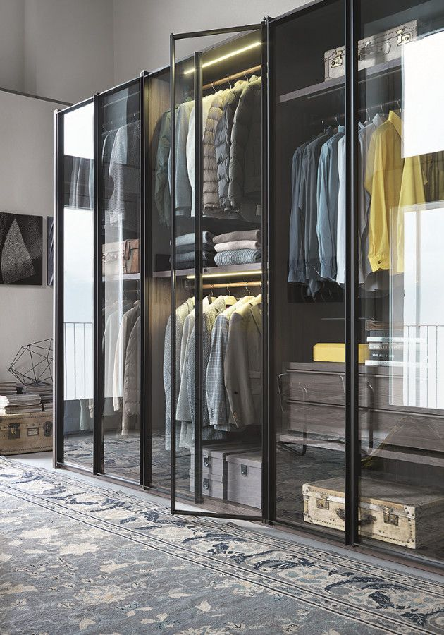 Built-in wardrobe with Glass door for an airy feel
