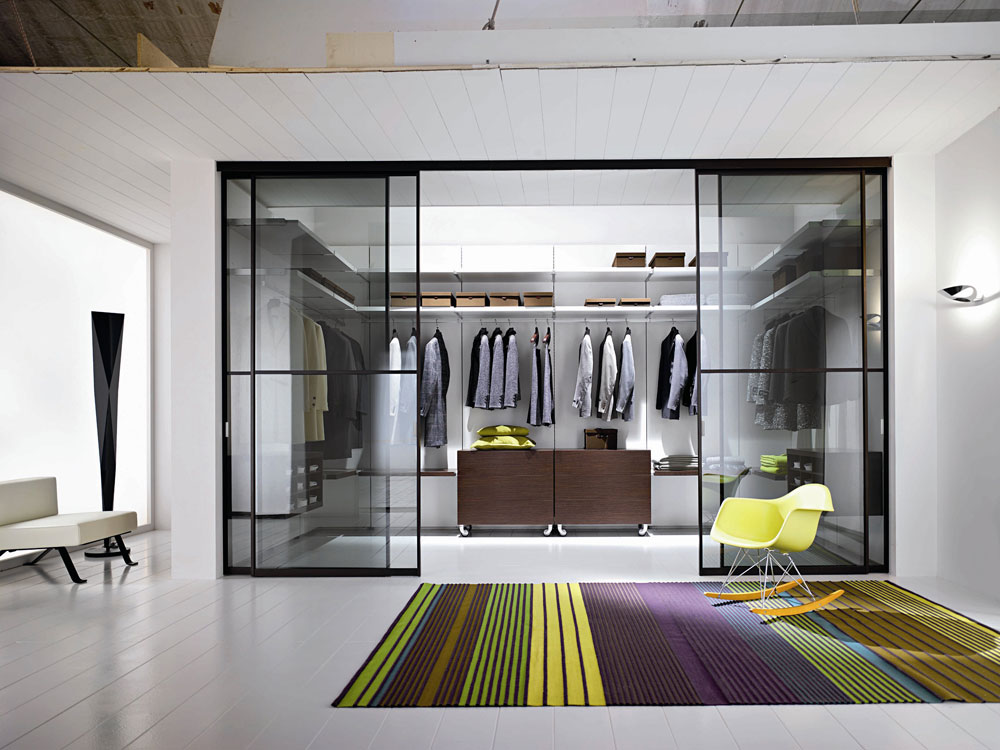 U-shape Walk-in wardrobe with pole system, and close with sliding glass doors
